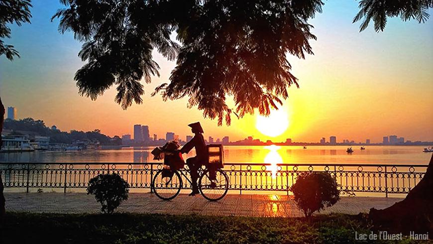 Lac de l'Ouest – Hanoi au coucher du soleil