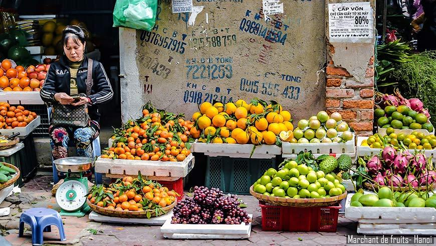 Marchant-de-fruits-Hanoi-870