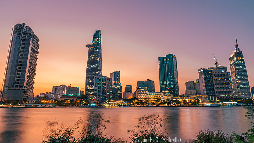 Saigon ( Ho Chi Minh ville)