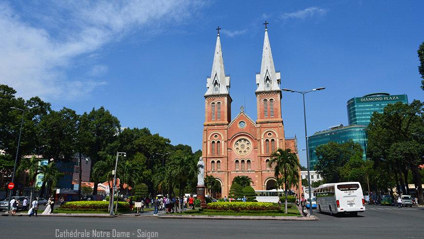 cathedrale-notre-dame-saigon-vietnam-870