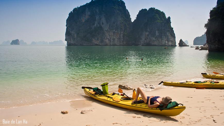 Kayak en baie de Lan Ha