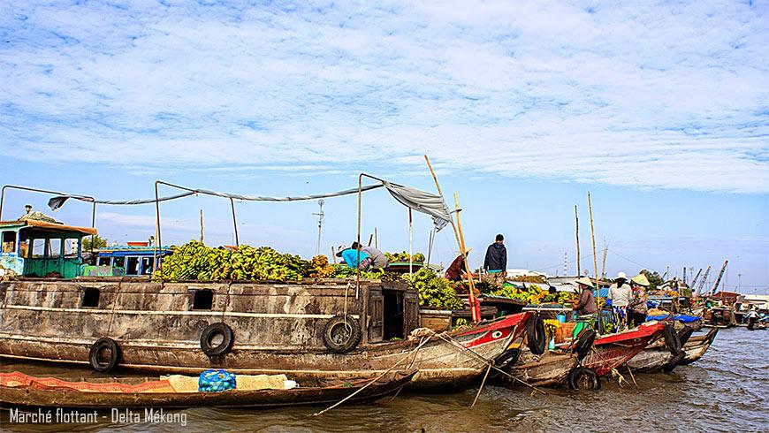 Marché flottant de Long Xuyen – Delta du Mékong
