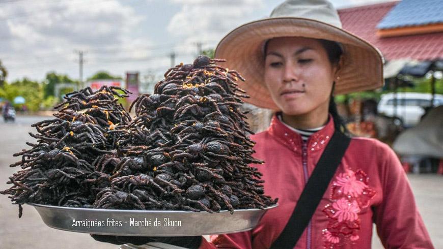 Marche-Skuon-arraignee-frite-Cambodge-870